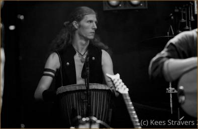 Jakob, keeping the rythm steady.
